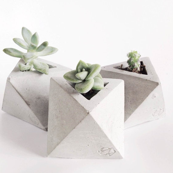 CONCRETE GEOMETRIC - Tiny pots for tiny succulents.
