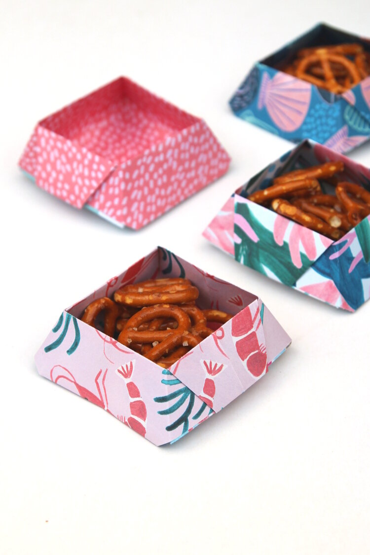 how to fold origami candy snack bowls tutorial