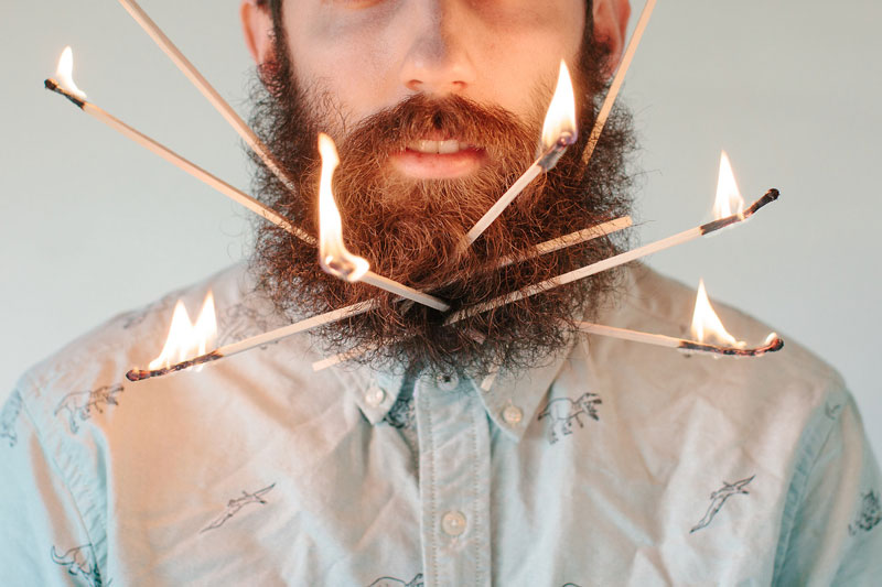 guy-sticks-random-things-in-his-beard-instagram-tumblr-5.jpg