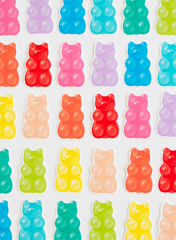 http://ohhappyday.com/2016/06/free-printable-gummy-bears/