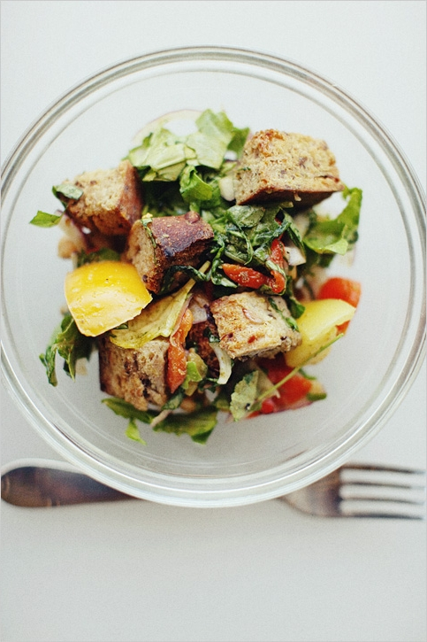 http://www.sproutedkitchen.com/home/2009/9/11/end-of-summer-panzanella.html