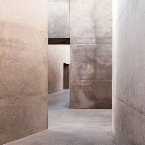b9e865910afa30d0559b47acf7bf6d30--concrete-interiors-soft-colors.jpg