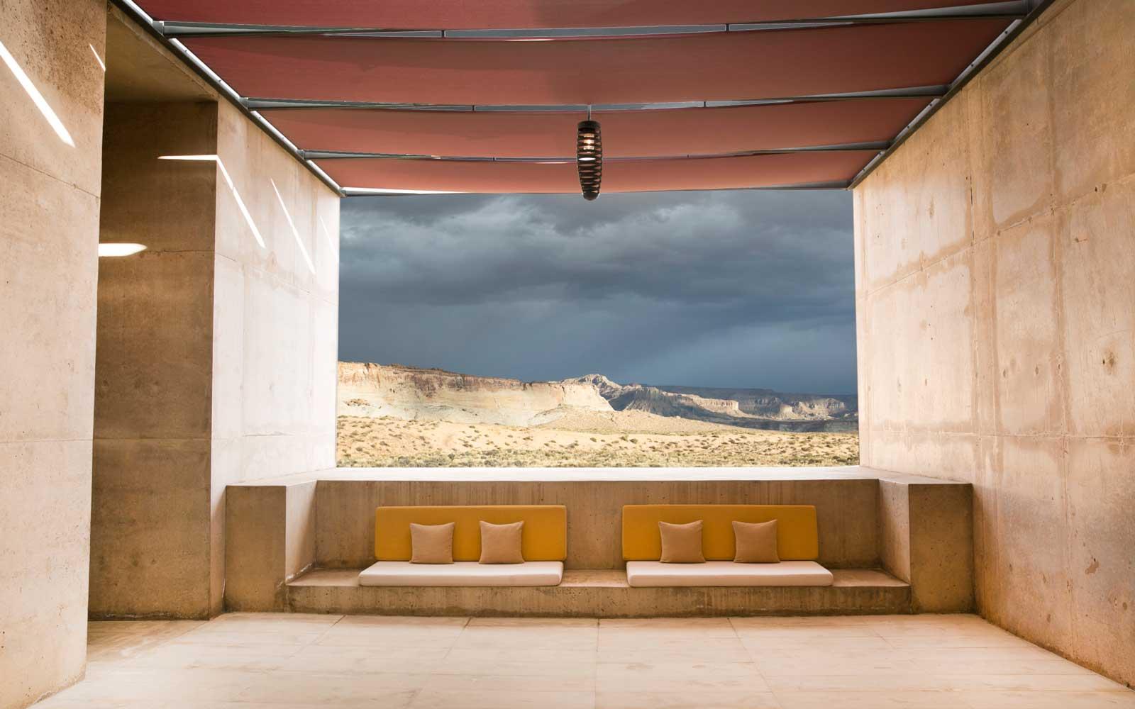 Entrance-Lounge-AMANYE0418.jpg