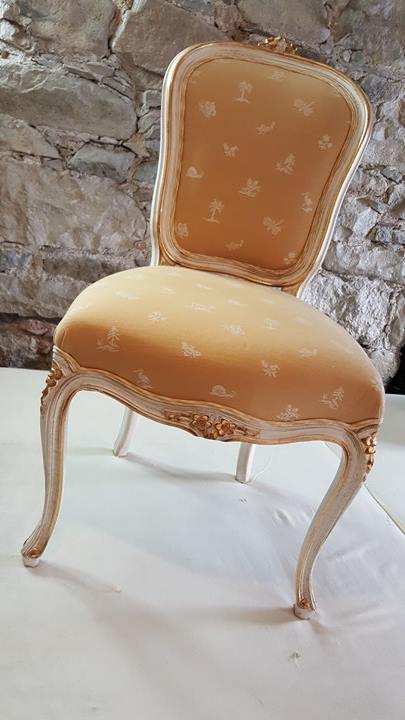 joyce chair before.jpg