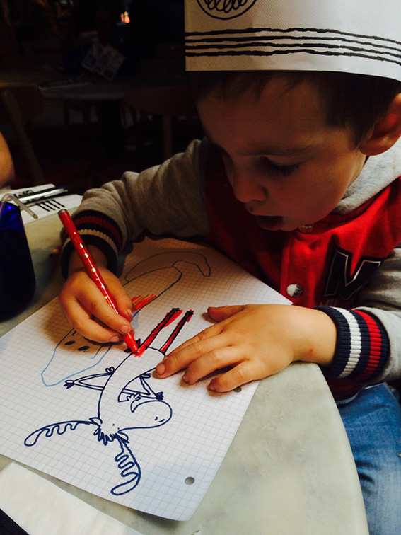 Everyone loves colouring in moose! :)