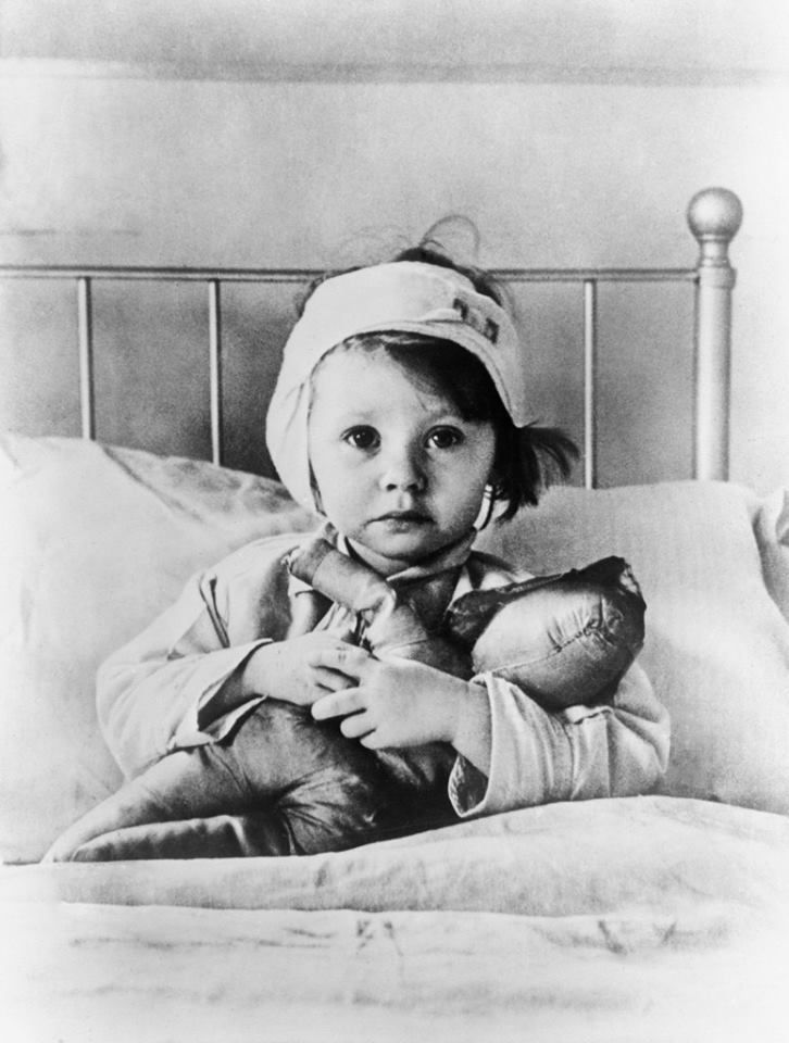 Why do I need to worry about the Measles? We've been vaccinated Photo via Artstack