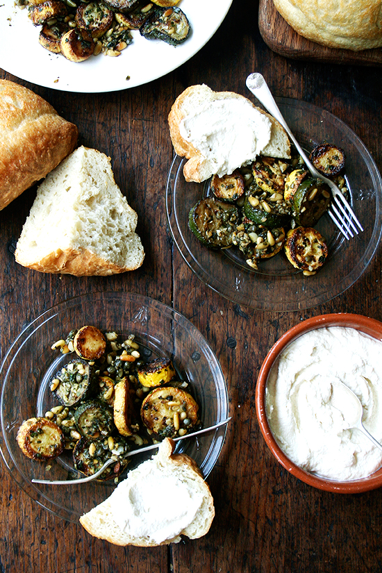 From the garden to the table :: 15 zucchini recipes. Alexandra's Kitchen.