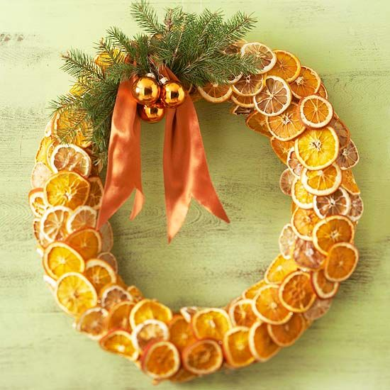 Decorating for the holidays naturally :: When a simple orange becomes anything but. The Entertaining House. Image property of  BHG