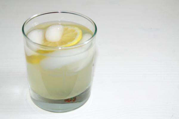 Iced Honey Lemon Ginger Tea - The Entertaining House