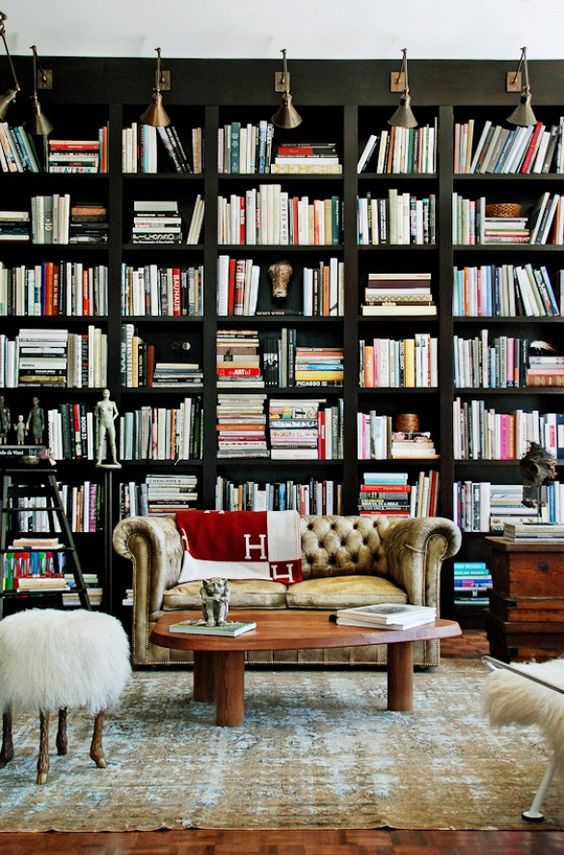 Stunning ways to incorporate your book collections into your home decor. Image Domaine Home