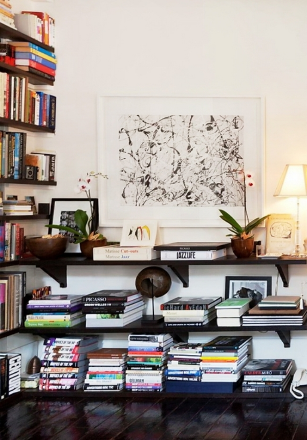 Stunning ways to incorporate your book collections into your home decor. Image Tumblr