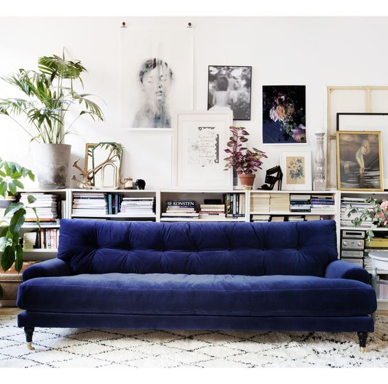 Seating Arrangements :: The Velvet Touch, is it for you? Image via Meli Meli Home
