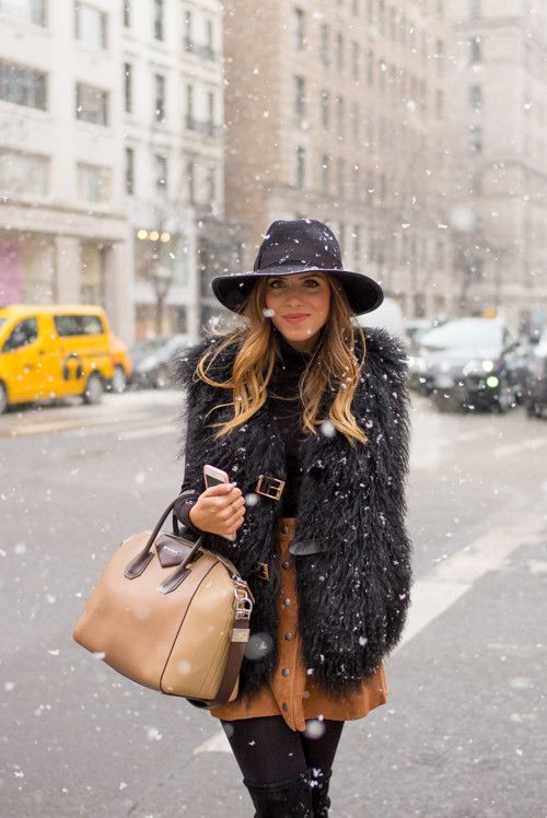 Life Styled :: Secrets to Hygge Dress. Image via Gal Meets Glam