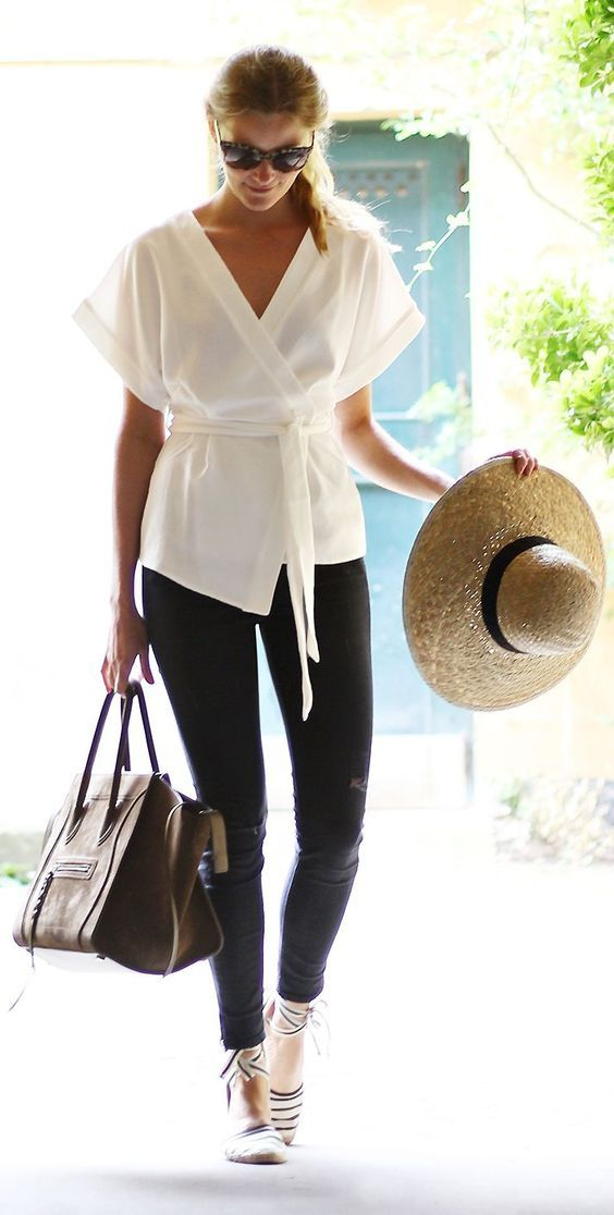 The Little White Blouse. Image via InStyle Mexico