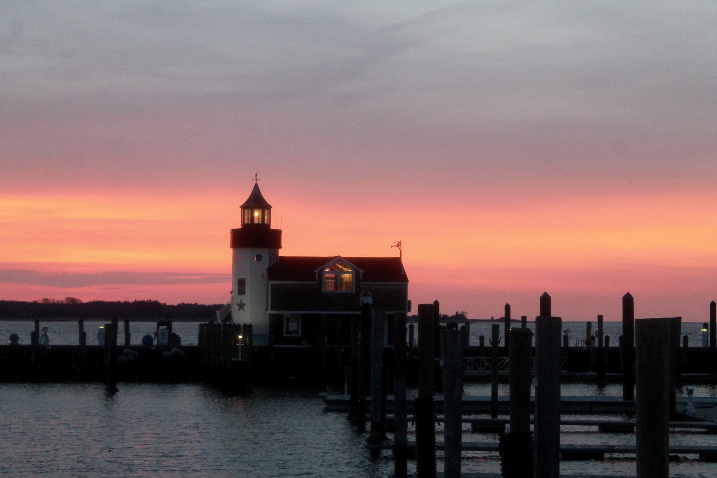 Quintessentially Connecticut :: Celebrate Spring at Saybrook Point Inn, Old Saybrook, Connecticut  Have you ever dreamed of sleeping in a lighthouse? At the Saybrook Point Inn this dream becomes a reality!