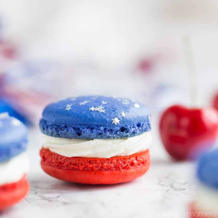 10 Red White + Blue Desserts,  Red White and Blue Macarons via Baking Moment