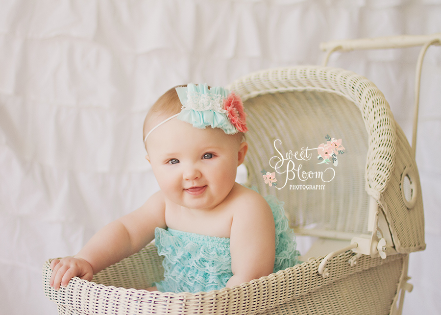 cincinnati ohio baby photographer ellie 6 months 2.jpg