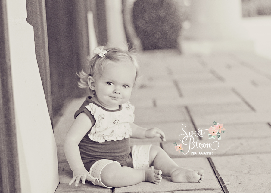 cincinnati ohio baby photographer lucy 1st birthday.jpg