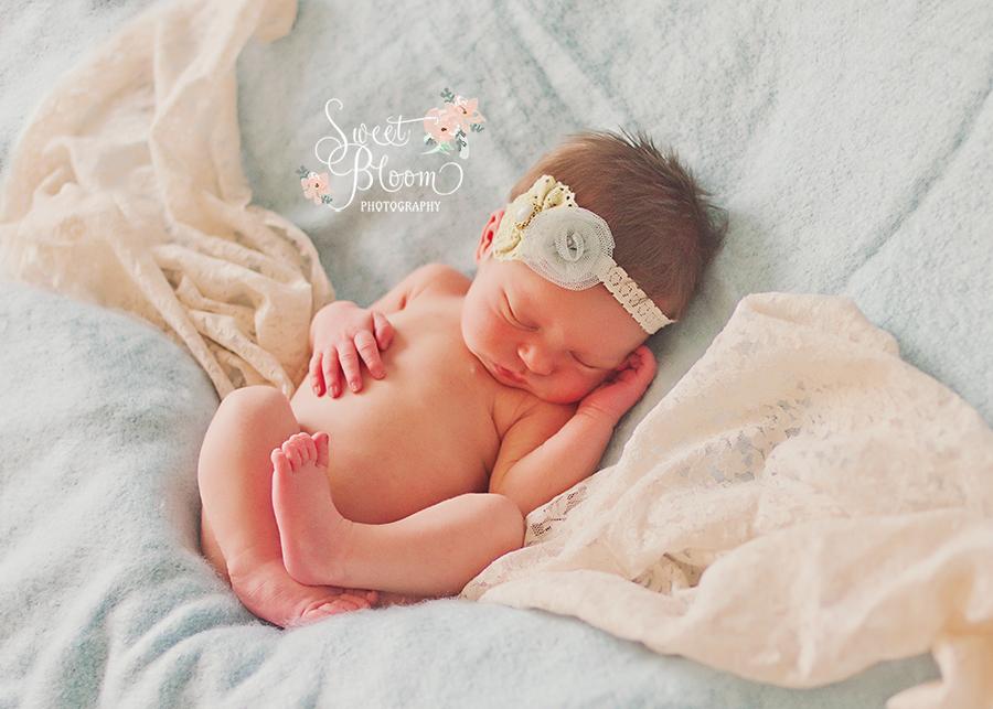 cincinnati ohio newborn photographer cordelia 3.jpg
