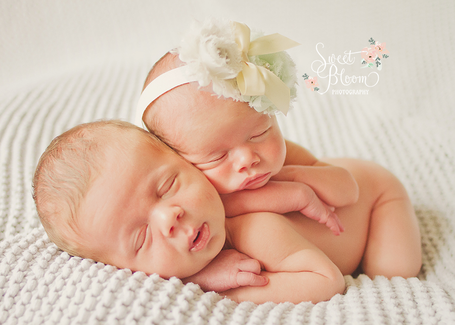 cincinnati ohio twin newborn photographer maxwellstella 1.jpg