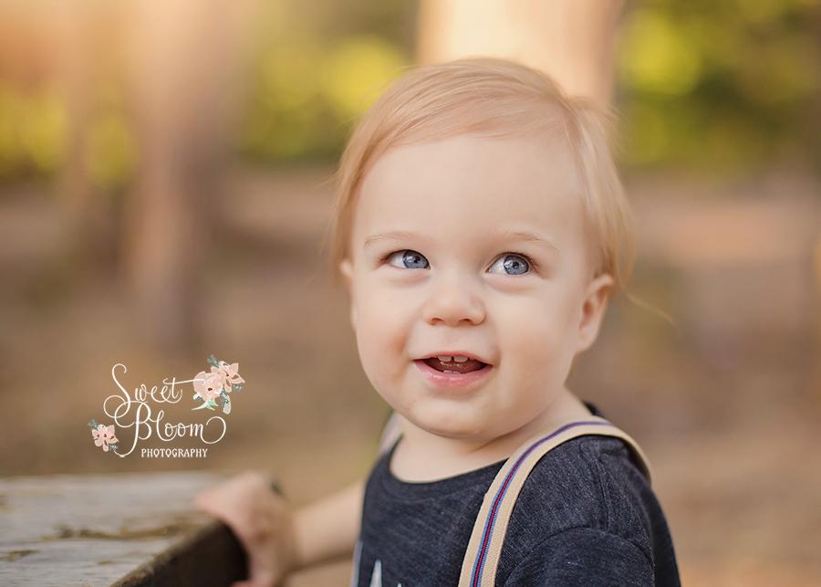 Springboro Ohio Baby Photographer   Sweet Bloom Photography   www.sweetbloomphotography.com