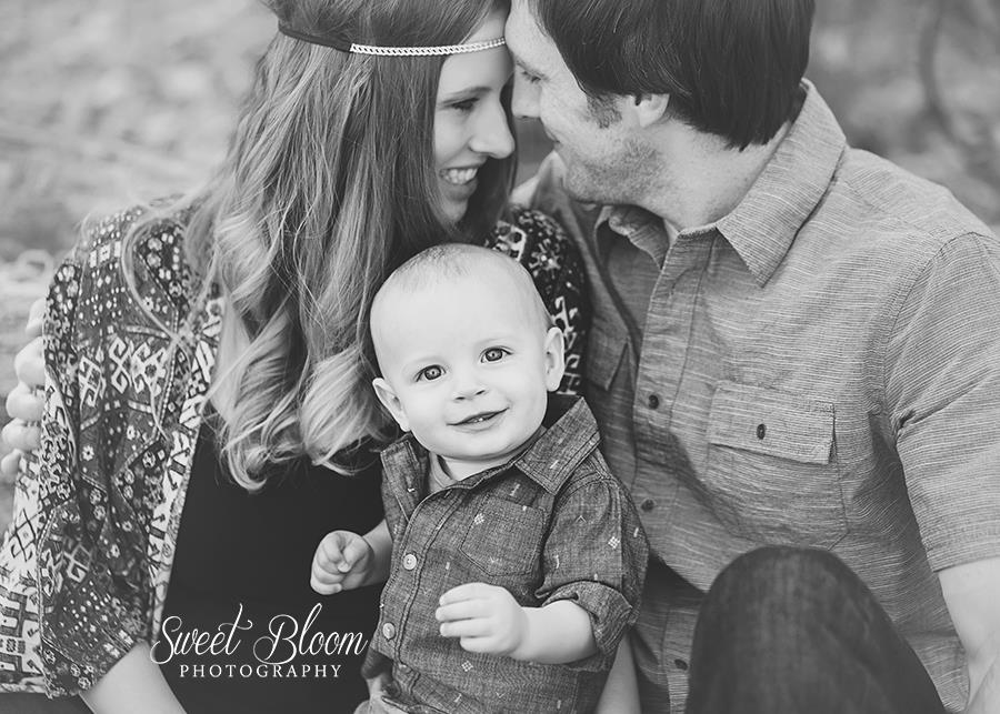 Springboro Ohio Baby Photographer | Sweet Bloom Photography | www.sweetbloomphotography.com