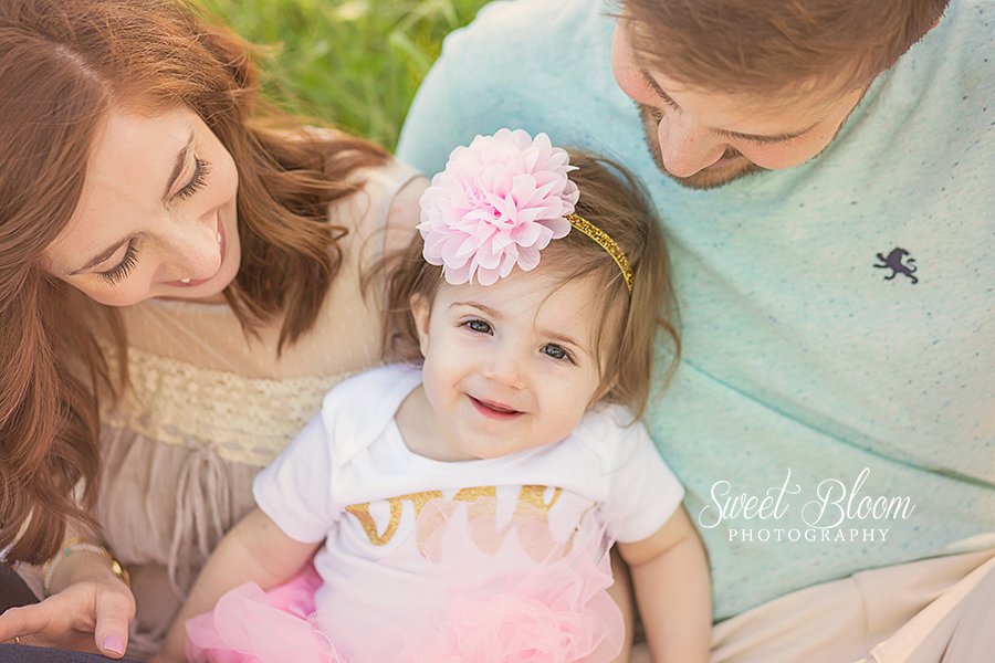 Springboro Ohio Baby Photographer | Sweet Bloom Photography | www.sweetbloomphotography.com