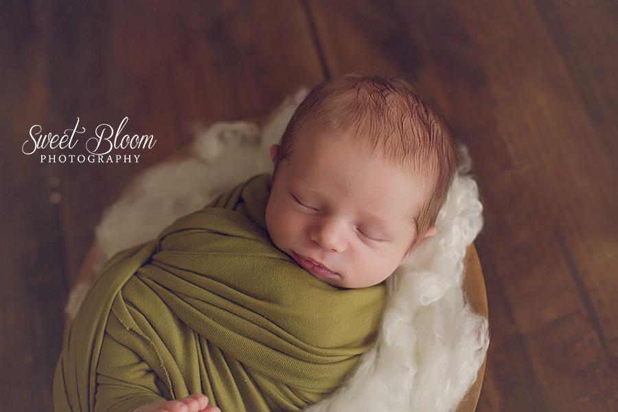Dayton Ohio Newborn Photographer | Sweet Bloom Photography | www.sweetbloomphotography.com