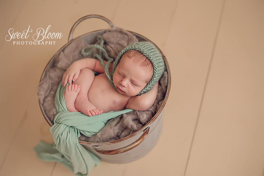 Centerville Ohio Newborn Photographer | Sweet Bloom Photography | www.sweetbloomphotography.com