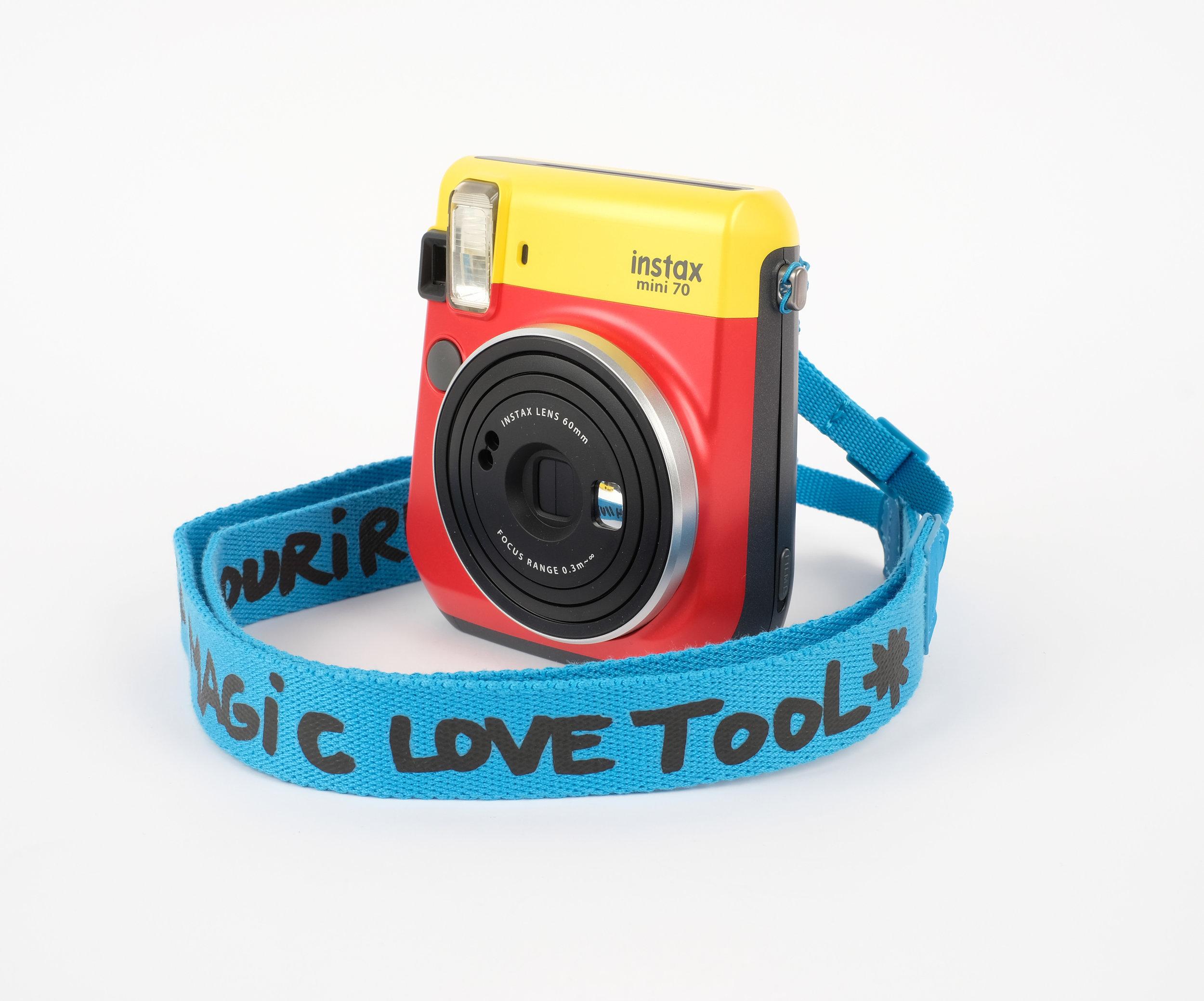 Instax Mini 70 Bi-Couleur JCC+ Rouge Jaune (3).jpg
