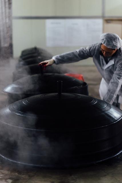 steaming vats (man).jpg