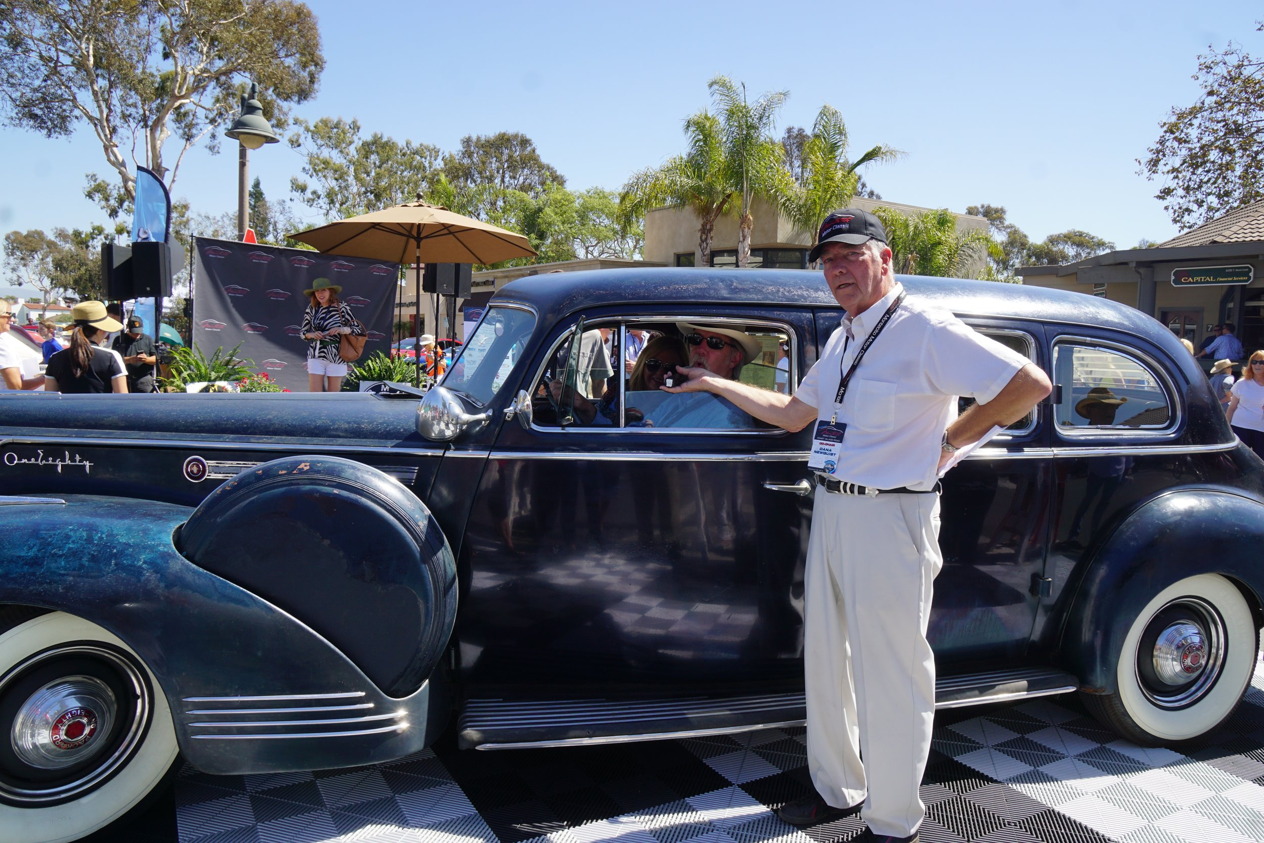 Preservation Class - 2nd Place     1941 Packard Limousine – Neal Graffy
