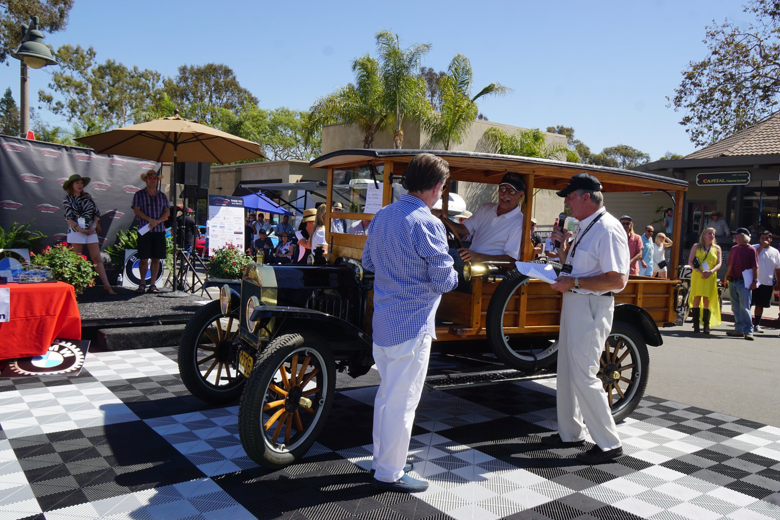 Commercial Vehicles (Trucks Motorhomes etc.)      2nd  Place     1915 Ford Model T – Roy Miller