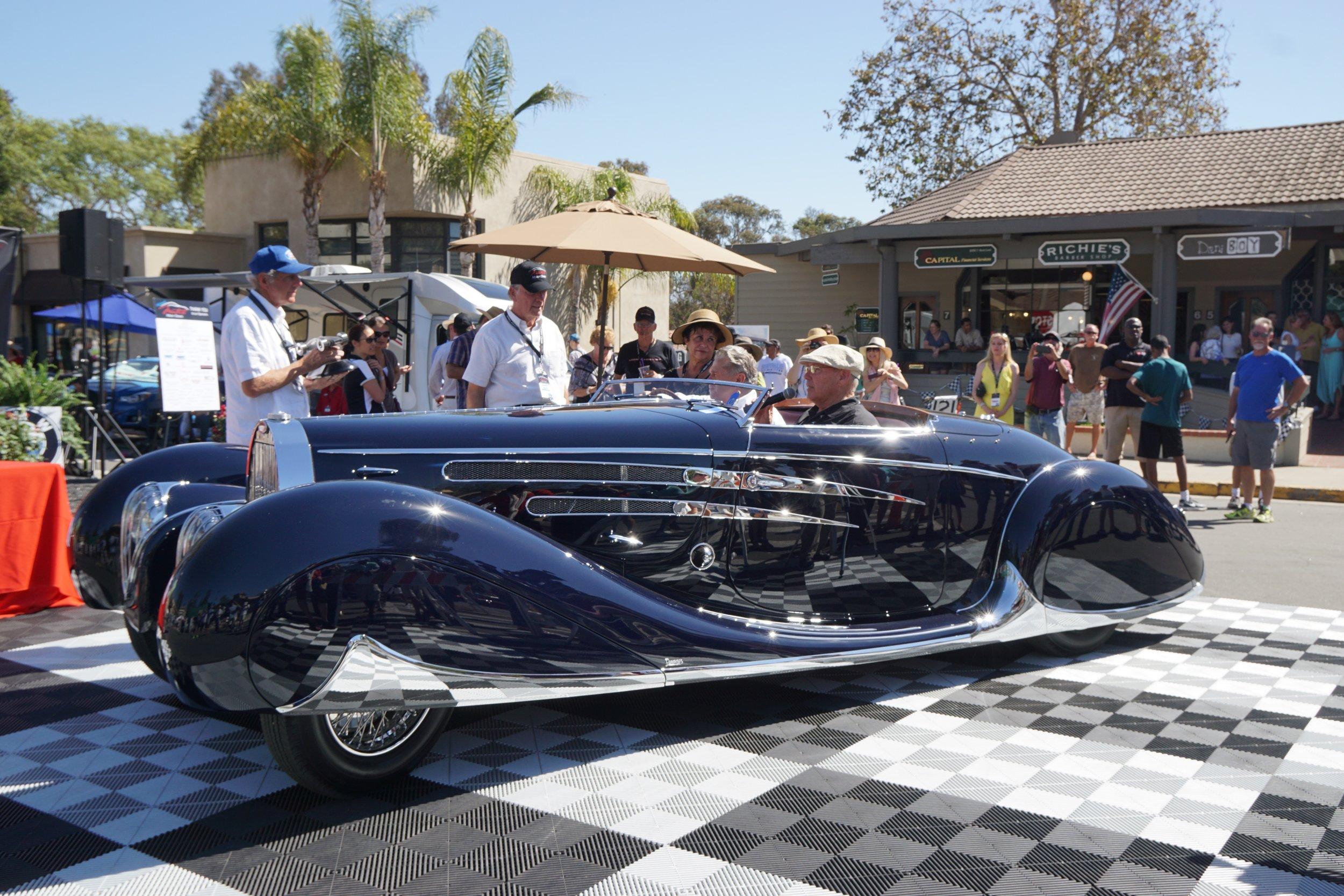 Foreign     1st Place Pre-War     1939 Bugatti Type 57C – Dana Williamson