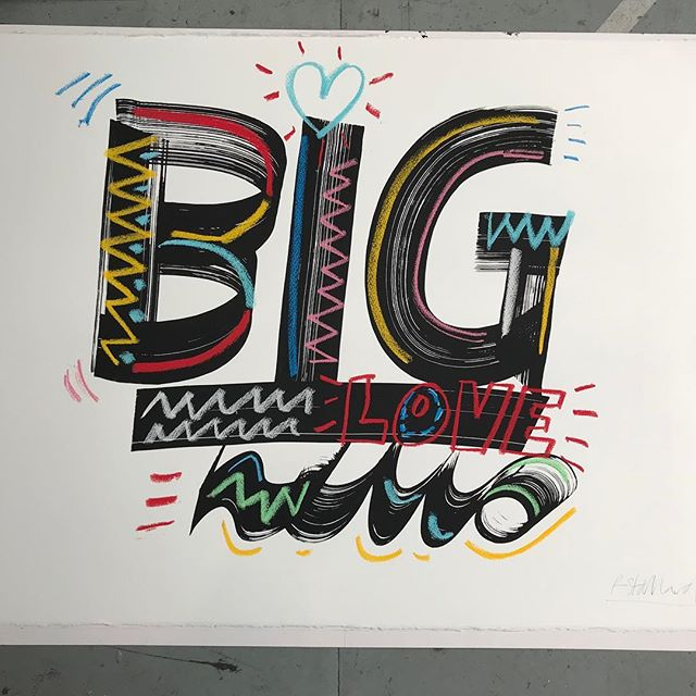 Have a look 👀at@macmillan_artauction and bid on lots of amazing artwork to raise funds for cancer support. 💪Today is the last day to Bid! Go go go!! 💰 'Big Love' ❤️ 56 x 76cm Screen print hand finished with pastel.  #macmilliancancersupport #screenprint #molotowmarkers #pastel #handlettering #oneofakind #contemporaryart