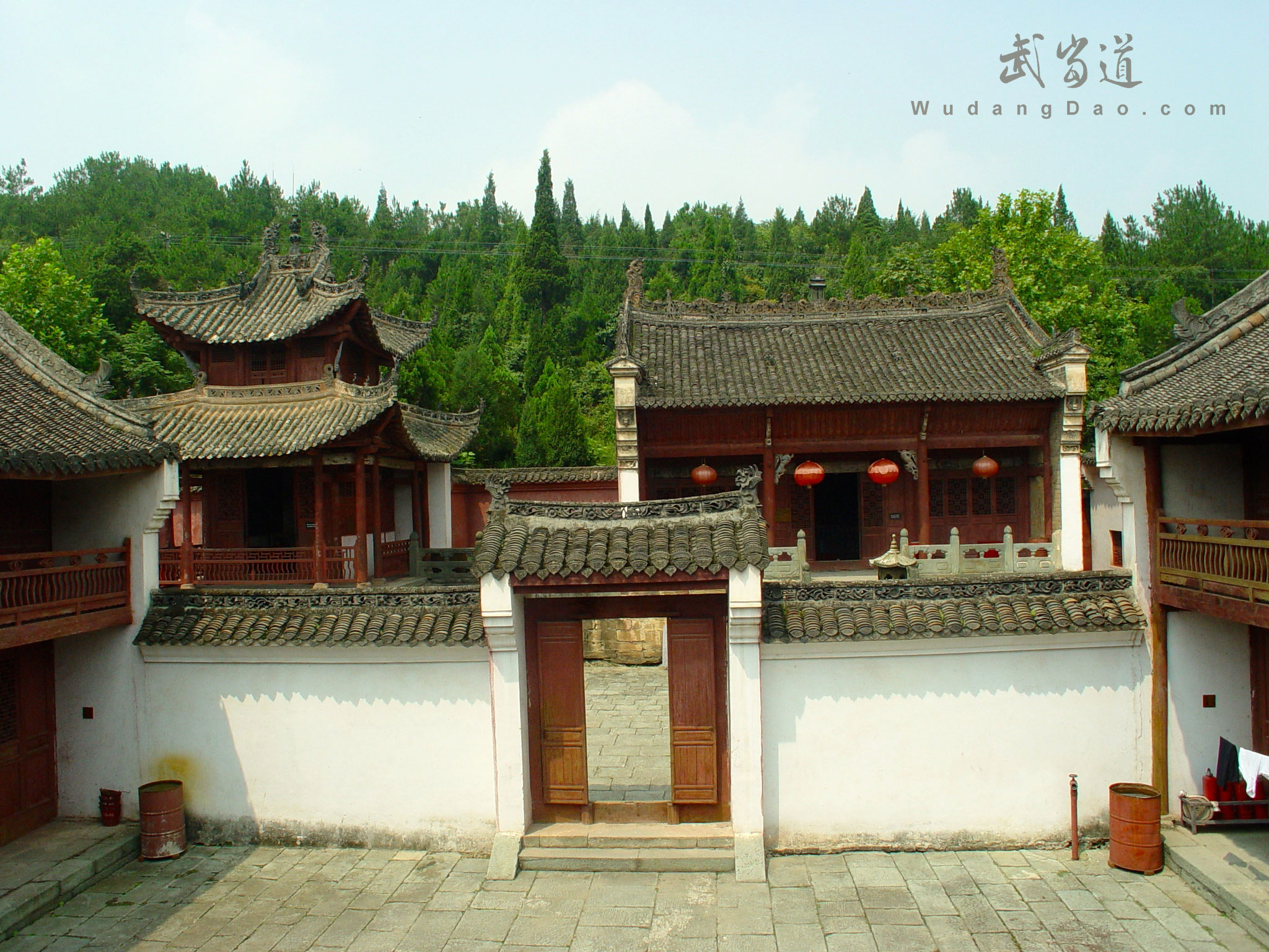 Wudang-Grind-Needle-Temple4.jpg