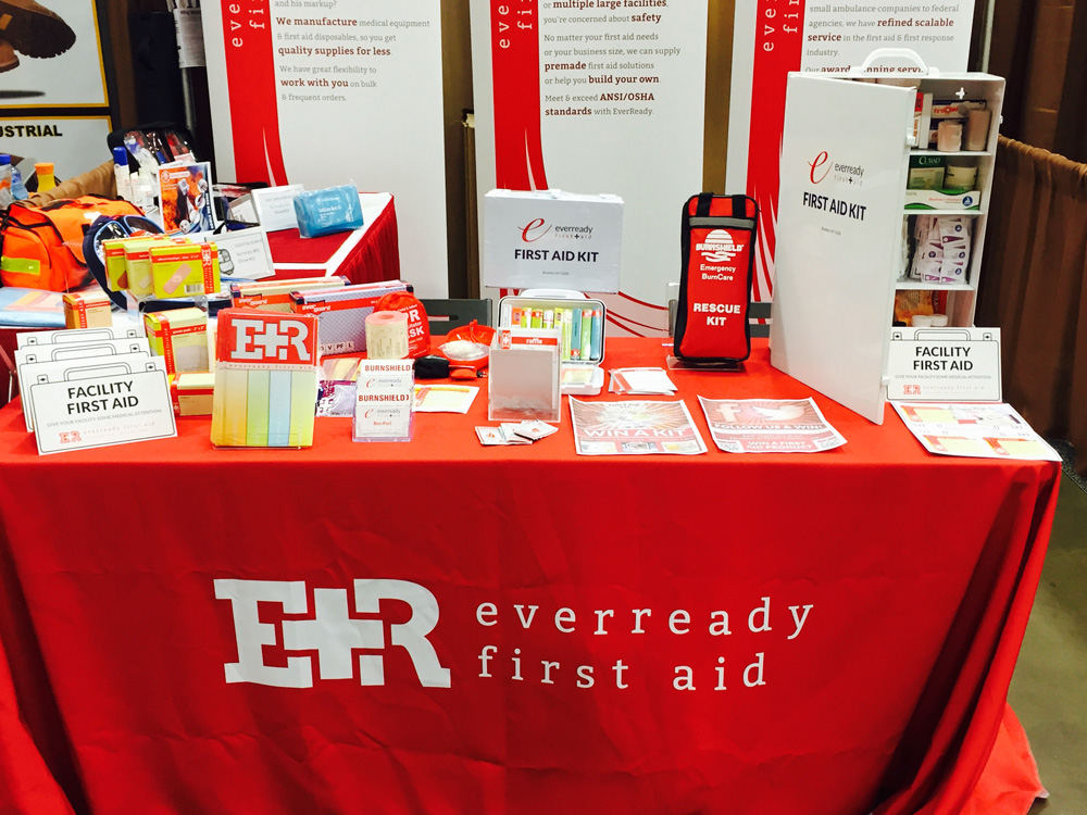 Show-Expo---EverReady---Safety-2015---Table-Close-Up---Cropped.jpg