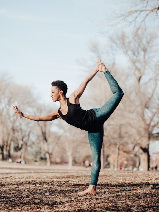 Dancer's Pose (Natarajasana)
