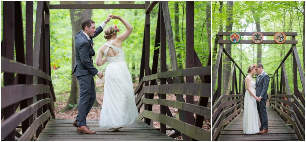 camp-puhtok-wedding-maryland-rainy-10