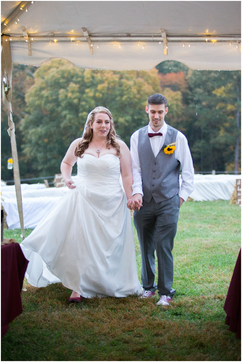bethany-grace-photography-virginia-maryland-wedding-photographer-farm-rustic-outdoor-fall-gold-burgundy-yellow-diy-25.JPG