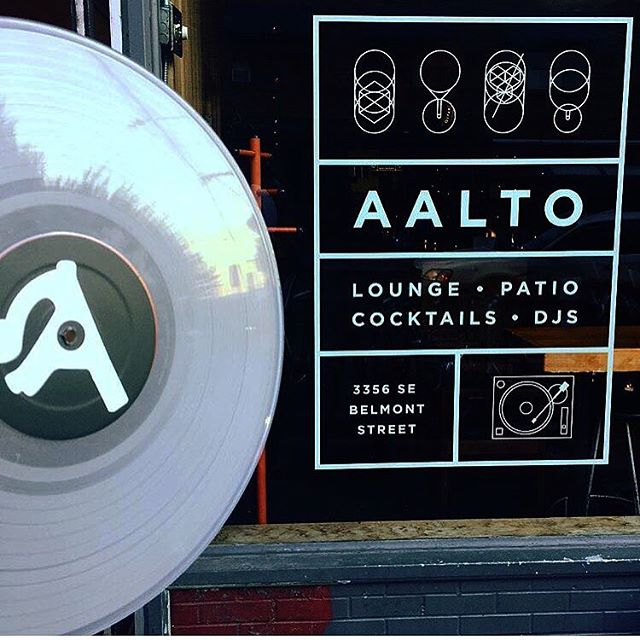The Aalto has been proudly serving Belmont street since 2000. If you haven't been in a while, come in and remember why it's your favorite bar. Thanks for the pic @skambeezy