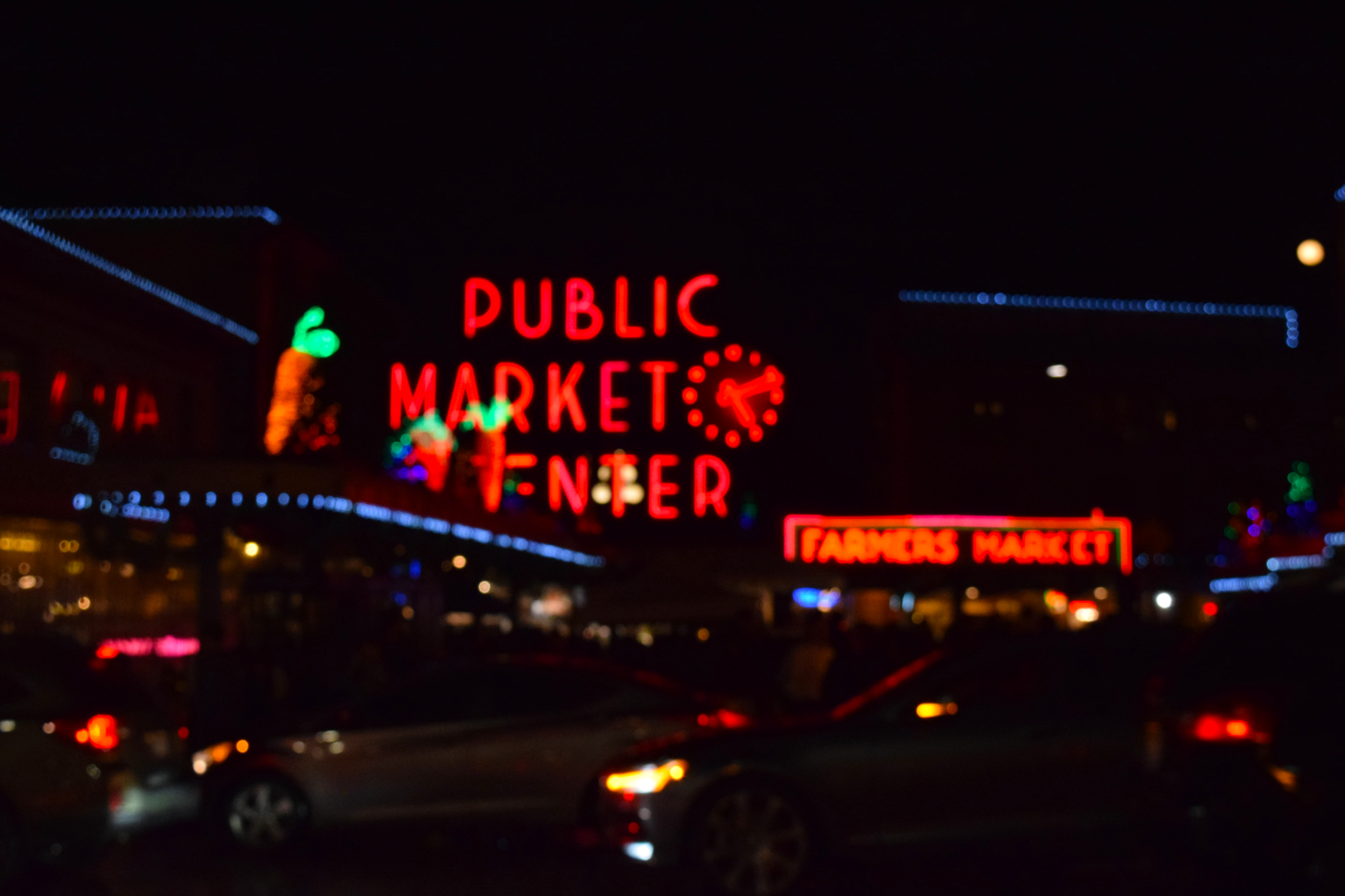 Went to Pike Place just as they got ready for the holidays!