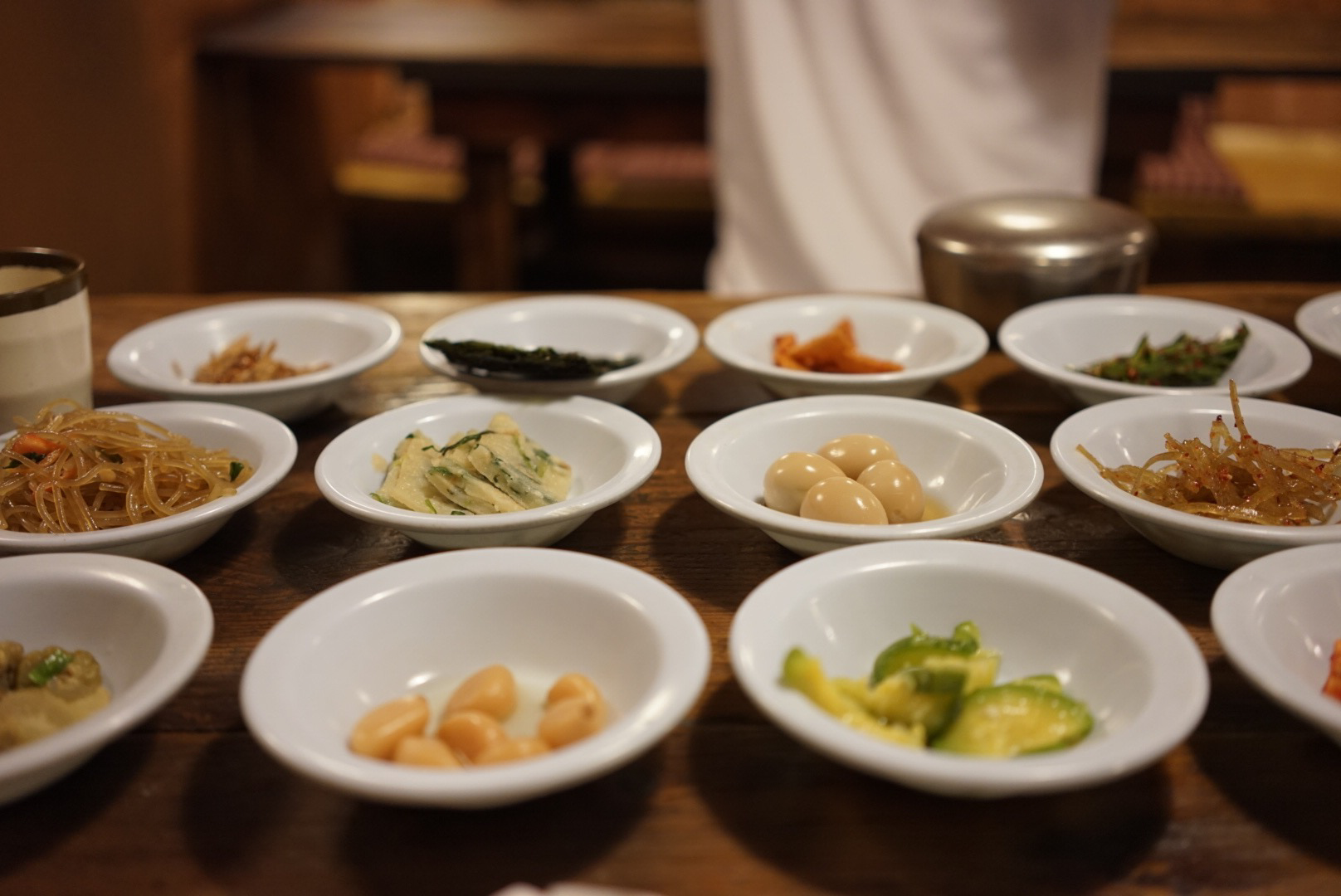 Sigol Bapsang, a place that specialized in serving a huge variety of banchan, korean side dishes