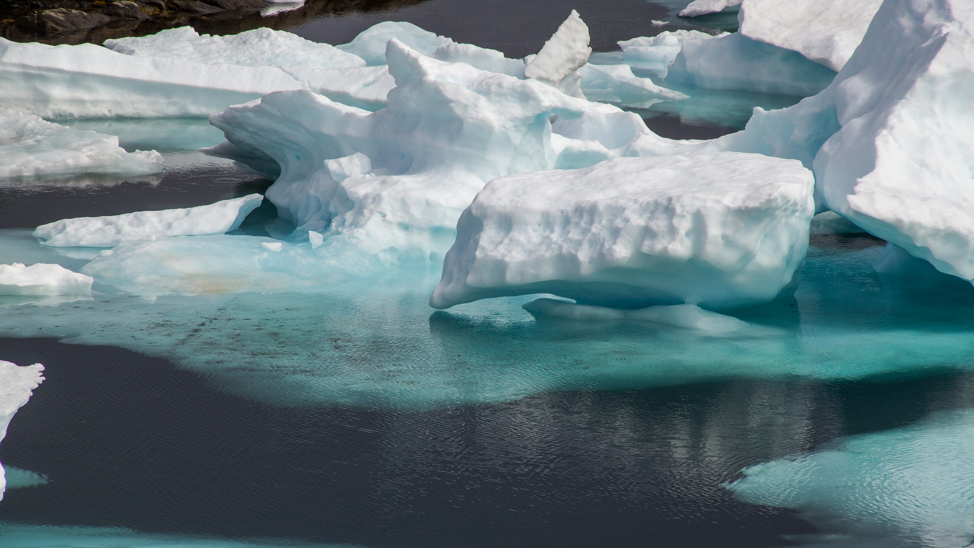 drift-ice-3048157_1920.jpg