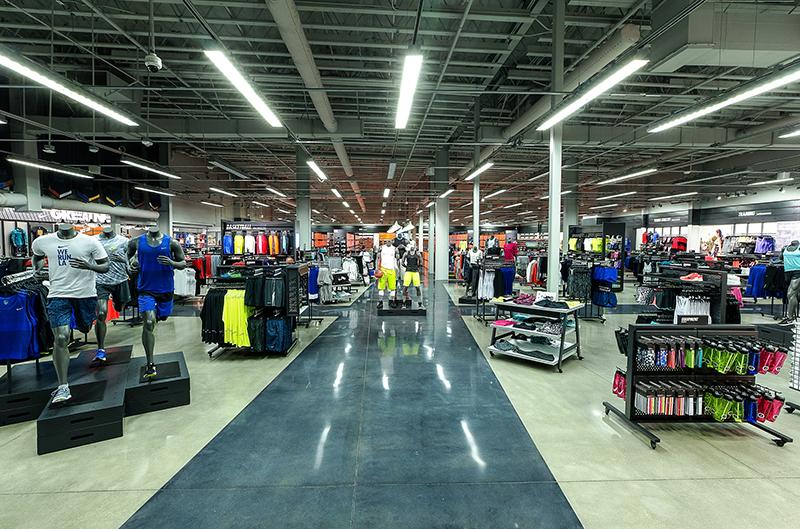 Nike-StoreOpeningEastLA 10.11.15-5.jpg