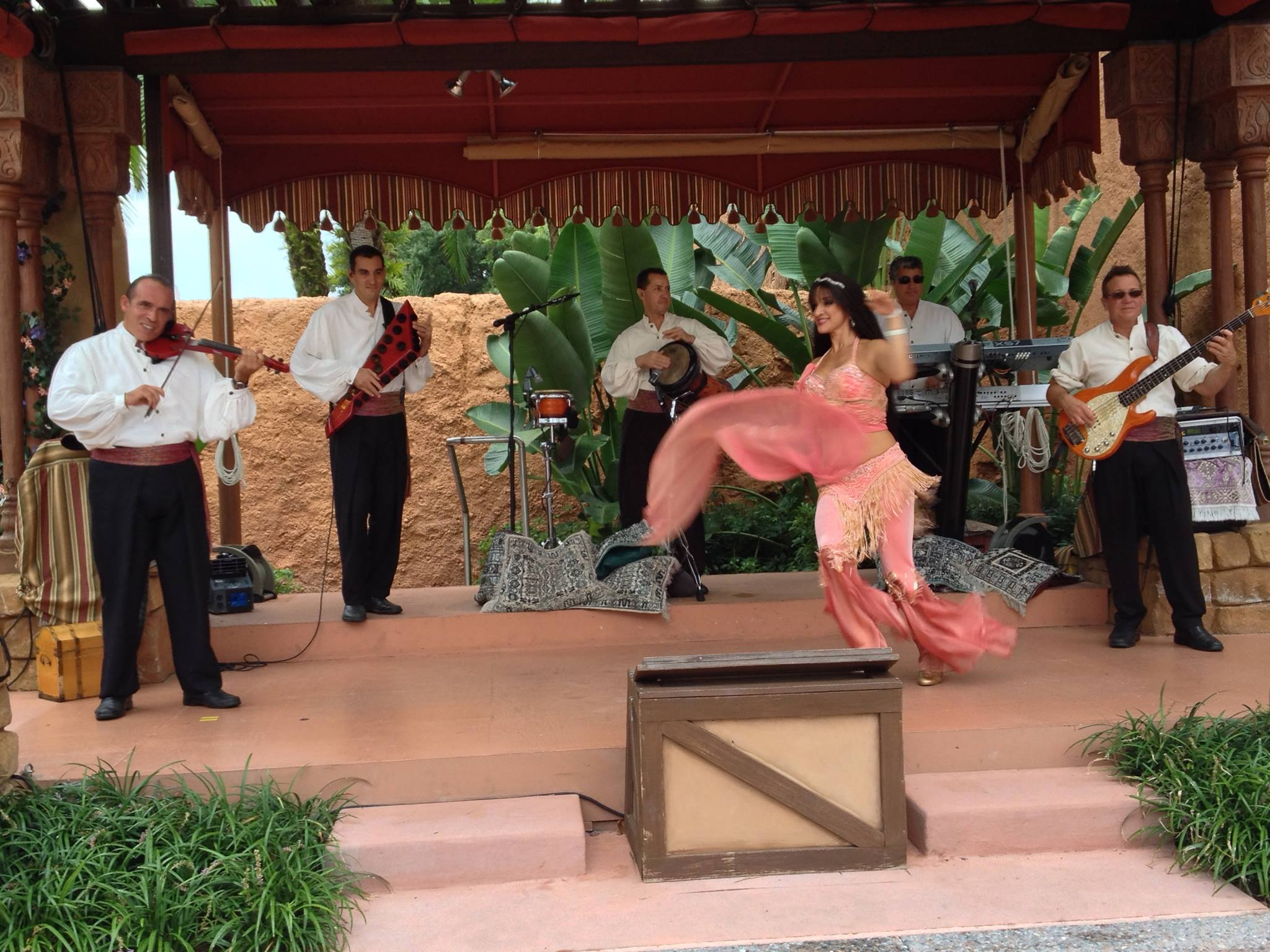 Mo'Rockin performs for one of the final times at Epcot's Morocco Pavilion - September 26th, 2014