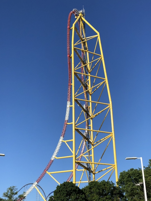 Second Tallest/Fastest In The World: Top Thrill Dragster -120 mph - 420' tall
