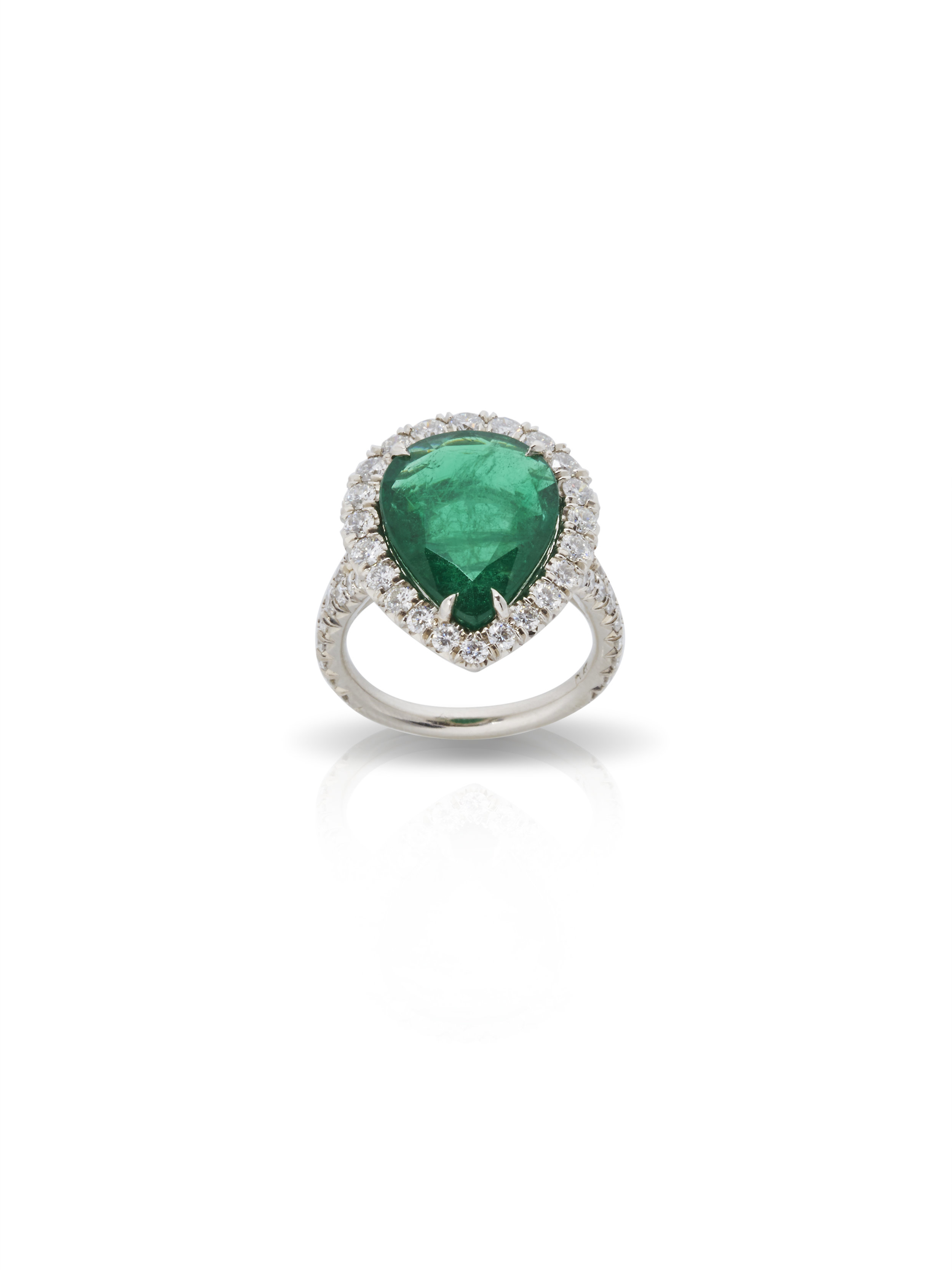 ASHLEY RING   1.81 CT OF DIAMONDS  5.67 CT OF EMERALD      Contact for inquiry