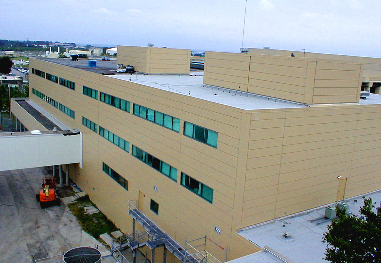 Pinellas County Criminal Justice Center 2 (edit).jpg
