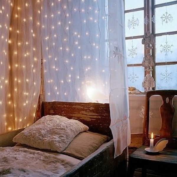 twinkle lights bedroom.jpg